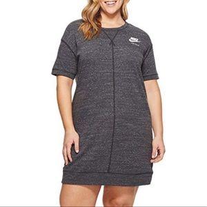 PLUS Nike T-Shirt Dress